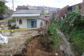 Banjir Bukan Satu-Satunya Momok Semarang, 20 Lokasi Ini Rawan Longsor