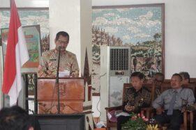 Wakil Bupati Magelang Edi Cahyana menyampaikan sambutan kepada Konsultasi Publik Rencana Kerja Pembangunan Daerah (RKPD) Kabupaten Magelang tahun 2021 di Pendapa Soepardi, Kota Mungkid, Kabupaten Magelang, Jawa Tengah. (Antara-Humas Pamkab Magelang)