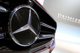 Logo Mercedez-Benz. (Reuters)