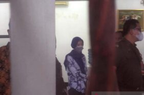 Disangka Korupsi, Pegawai Pegadaian Pasar Cerme Purwokerto Digelandang ke Rutan