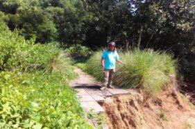 Bibir Sungai Bengawan Solo di Perbatasan Sangkrah-Semanggi Ambrol Tergerus Air