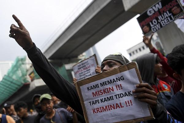 Warga Tanjung Priok Marah, Menkumham Yasonna Laoly Minta Maaf