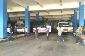Bus di Terminal Tirtonadi Solo. (Solopos/dok)