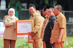 Wali Kota dan 18 Perusahaan di Kota Madiun Terima Penghargaan K3 dari Gubernur