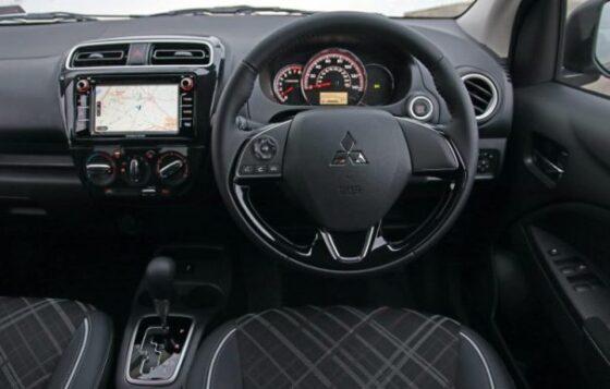 Interior Mitubishi Mirage Facelift 2020. (Carcoops)