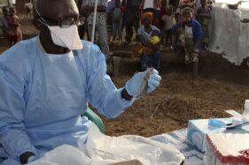 Petugas medis di Nigeria. (Aljazeera)