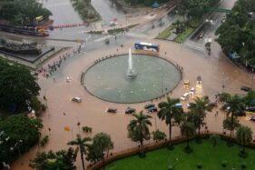 Penyebab Banjir Jakarta Selalu Terulang: Sampah dan Eksploitasi Air Tanah!