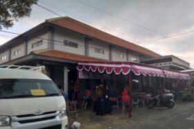 Gedung serbaguna di Desa Pluneng, Kecamatan Kebonarum, Kabupaten Klaten, Jateng, Selasa (25/2/2020). (Solopos-Ponco Suseno)