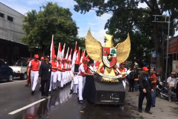 Meriahnya Puncak Hari Jadi ke-275 Kota Solo, Kirab Andong & Festival Jenang
