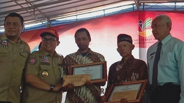 Pahlawan Siswa SMPN 1 Turi, Kodir Kaget Dapat Rp10 Juta, Sudiro Sumbangkan ke Masjid