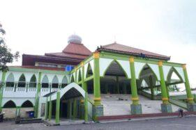 Pembongkaran Masjid Agung Karanganyar. (Solopos-Sri Sumi Handayani)