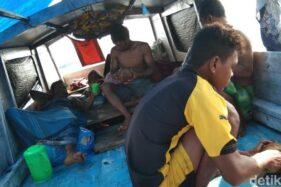 Beberapa penumpang perahu Surgaku yang sempat hilang kontak. (detik.com)