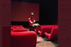 Petugas bioskop yang curhatnya viral di Twitter. (Twitter/@rracuntikusss).