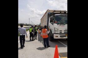 Razia di Tol Solo-Ngawi: 126 Kendaraan Terjaring, 74 Sopir Kena Tilang