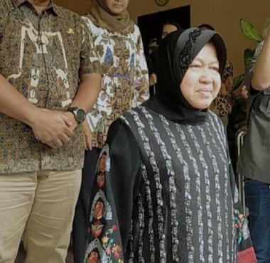 Wali Kota Surabaya Tri Rismaharini (Detikcom).