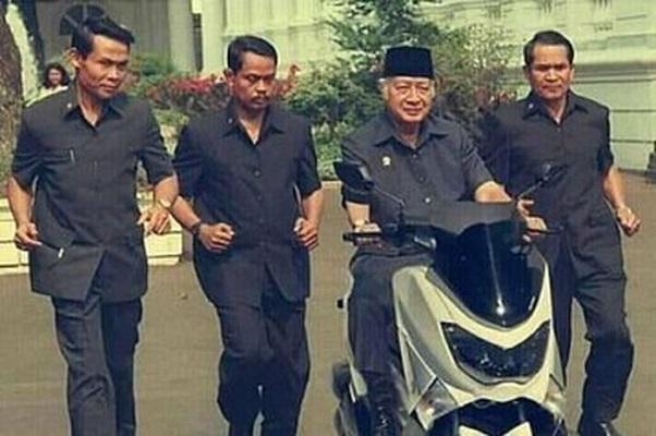 Ternyata Ini Foto Asli Soeharto Naik Nmax