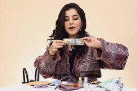Reaksi Tasya Farasya melihat uang kerta Rp1000. (Istimewa/FemaleDaily)