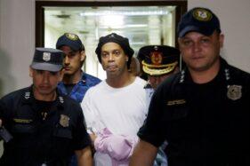 Bayar Rp26 Miliar, Ronaldinho Bebas dari Penjara