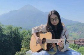 Lirik Lagu Lelah Dilatih Rindu – Chintya Gabriella