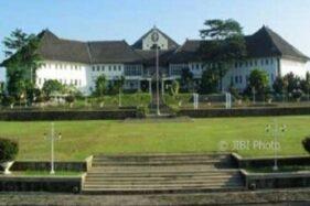 Gedung Widya Puraya Universitas Diponegoro (Undip)  Semarang. (Solopos-Dok.)