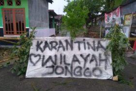 Warga di Cawas, Klaten menerapkan lockdown lokal (Istimewa/Serma Agus Setya Hartono)