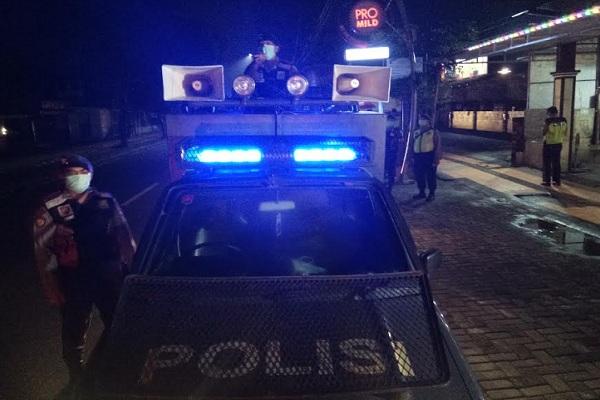 TNI & Polri Patroli di Klaten Bubarkan Kerumunan Demi Cegah Corona