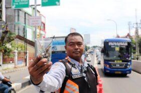 Teror Ranjau Paku Sasar Flyover Manahan, Kasatlantas Solo: Mungkin Tidak Sengaja