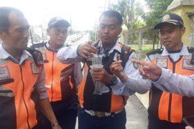 Teror Ranjau Paku Hantui Flyover Manahan Solo, Ini Wujudnya