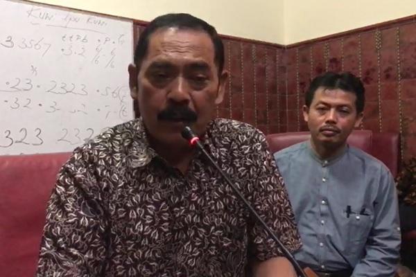 Wali Kota Solo FX Hadi Rudyatmo (Rudy) mengumumkan status Kota Solo KLB corona, Jumat (14/3/2020). (Solopos-Mariyana Ricky)