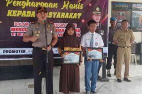 Berkat Aksi Heroik Menangkap Pencuri, Dua Pelajar ini Dapat Penghargaan Dari Polres Madiun