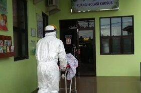 Ruang isolasi khusus di RSUD Loekmono Hadi Kudus, Jawa Tengah. (Antara-Akhmad Nazaruddin Lathif)