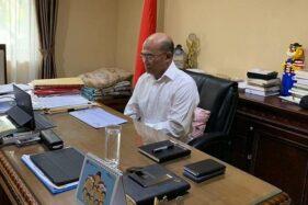 Menko PMK Muhadjir Effendy melakukan rapat tingkat menteri di bawah koordinasi Kemenko PMK secara daring. (Antara/HO-Kemenko PMK).