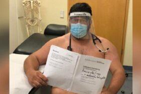 Dokter di Jerman Ramai Foto Bugil Demi Protes Krisis APD