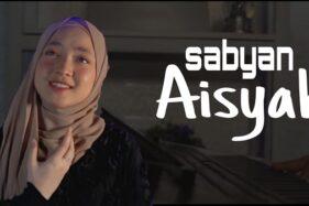 Nissa Sabyan dalam klip Aisyah Istri Rasulullah. (Youtube)