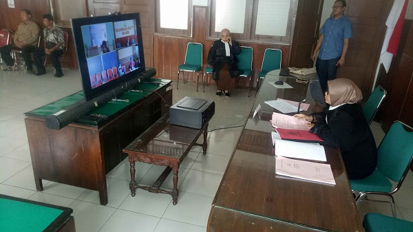 Sidang Online Perdana di Sragen: Hakim dan Jaksa Harus Teriak-Teriak Karena Suara Tak Jelas