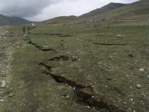 Dampak gempa bumi berkekuatan 6,9 skala richter di Yushu, Qinghai, Tiongkok, 2010. (Wikipedia.org)