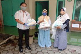 Lazismu Sragen Salurkan 1.050 Paket Sembako Hingga APD untuk Nakes Senilai Rp202 Juta
