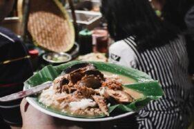 Bersama Pak Memet, Nasi Gandul Kini Juga Ikon Kuliner Semarang