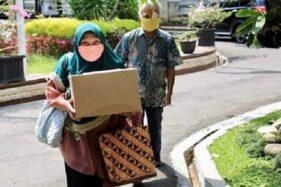 2 Warga Lansia Semarang Nyumbang 100 Masker ke Gubernur