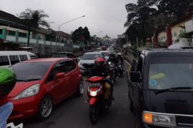 10 Berita Terpopuler: Tawangmangu Padat - Update Covid-19