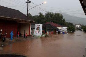 Video Banjir di Tirtomoyo Wonogiri: Air Mengalir Deras, Belasan Rumah Terendam