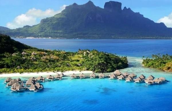 5 Destinasi Staycation Terbaik di Indonesia!