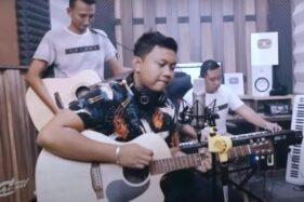 Lirik Lagu Kangen Mulih - Denny Caknan