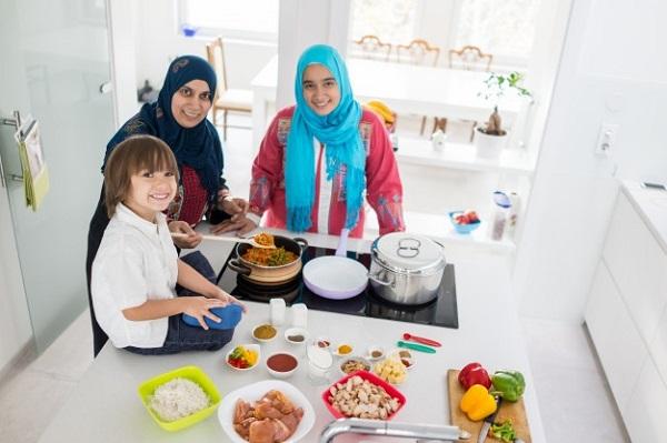 Besok Idul Adha, Enaknya Masak Makanan Apa ya?