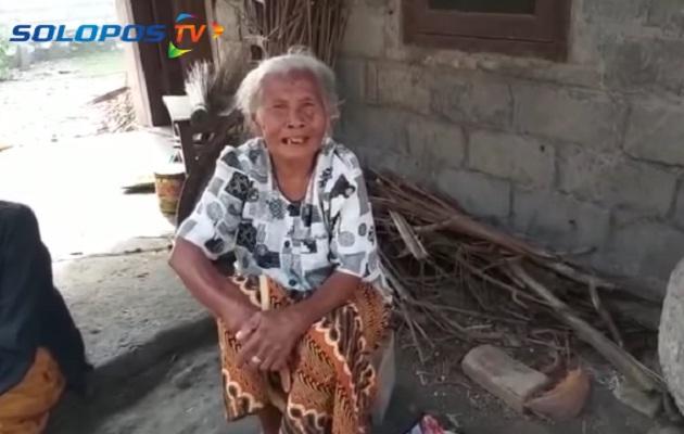 Mbah Minto, nenek viral asal Klaten yang larang anaknya untuk mudik (Youtube/SoloposTV).