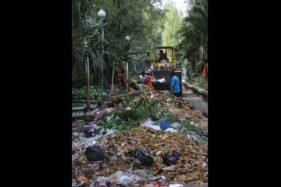 Ih Jorok! Mau Dipakai Piala Dunia, Stadion Manahan Solo Malah Banyak Sampah Menumpuk