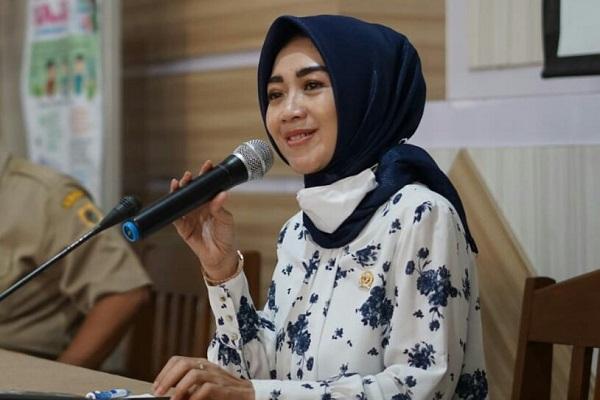 Eva Yuliana Desak Kejagung & Polri Tuntaskan Kasus Impor Tekstil Ilegal