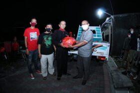 Keren! Pasoepati & Putro Mbalelo Salurkan 50 Paket Sembako untuk Seniman Ketoprak Balekambang Solo