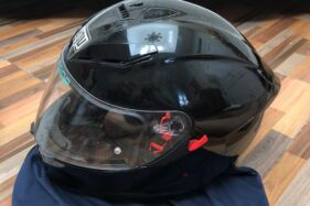 DIJUAL CEPAT: Helm Full Face