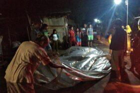 Kondisi balon udara yang ditemukan di Meger, Ceper, Klaten, Minggu (31/5/2020) pukul 21.00 WIB. Saat ini, balon udara raksasa itu disimpan salah satu warga di Meger. (Istimewa)